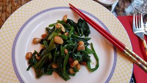 suyuan spinach and nuts starter